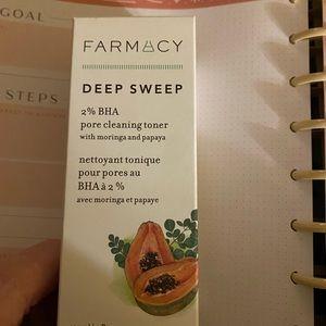 Farmacy Deep Sweep BHA Pore Cleaning Toner